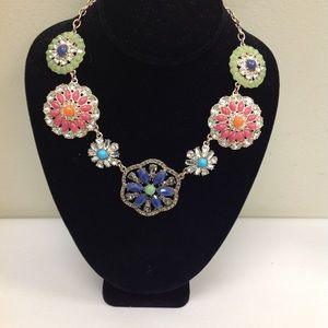Jewelry - Rhinestone Floral Necklace